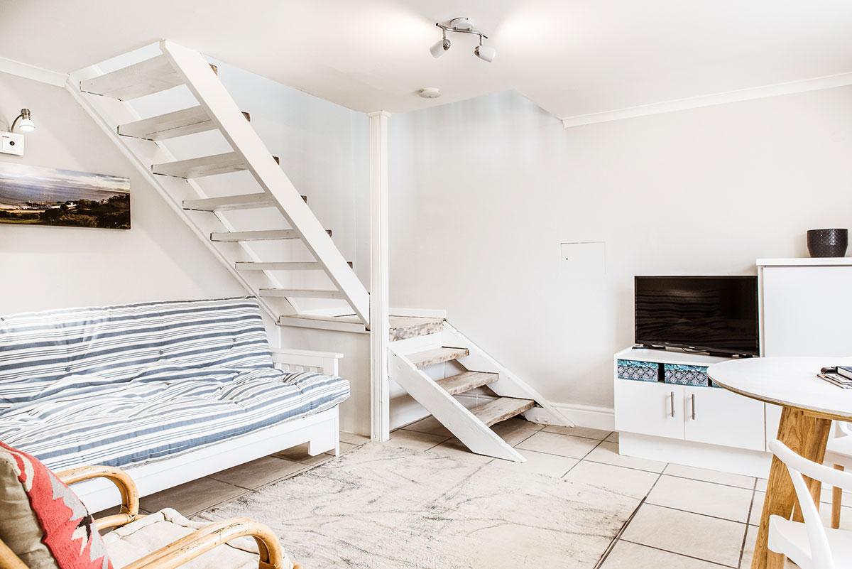 Room 1 Living area