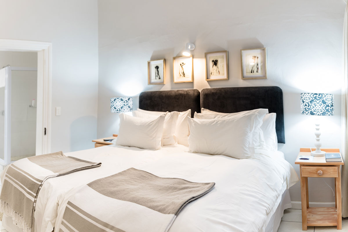 Room5 Bedroom